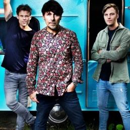 Band Volendam  (NL) 3JS (LIVE met band)