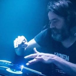 DJ Borgerhout  (BE) DJ Butsenzeller