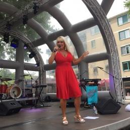 Zangeres Rotterdam  (NL) Linda Maarseveen