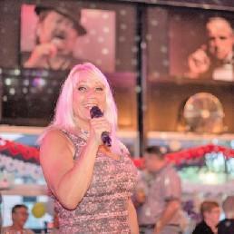 Zangeres Rotterdam  (NL) Tina Turner Act - She has the voice!