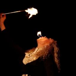 Huwelijks vuurshow & vuurspuwer