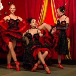 Dance group Utrecht  (NL) Can Can on Spitzen