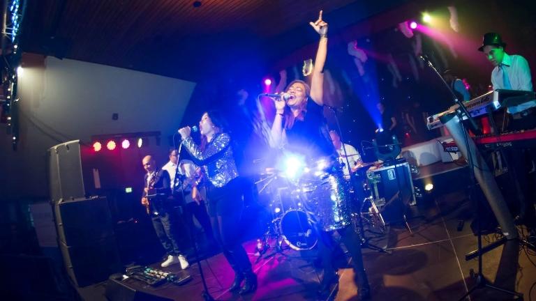 FEELINGS XL band