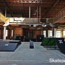 Sport/Spel Rixensart  (BE) Skatepark Rental Level 5
