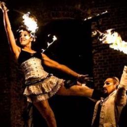 Stuntshow Antwerpen  (BE) Glance of Baroque - Vuur, acro, cabaret
