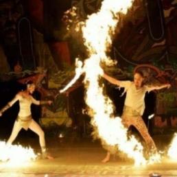 Stunt show Antwerpen  (BE) Coeur en Feu - Acrodance on Fire