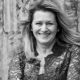Presentator Vijfhuizen  (NL) Presentator Anita Sanders