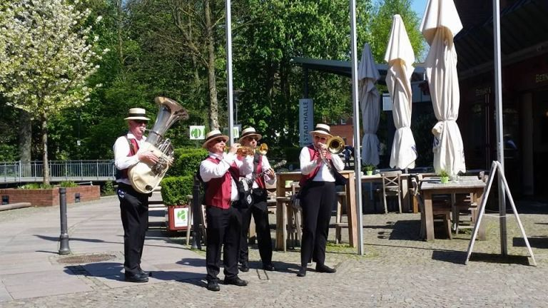 Old Town  Dutch Swing Dixieband (4)